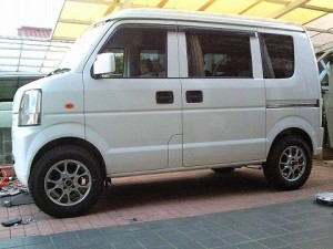 スズキ エブリィ 4WD (型式DA64V) 宮崎県日向市 I様